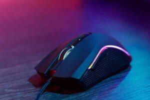 Pozwól zabłysnąć swojemu pokojowi gier dzięki trzem myszom Surefire